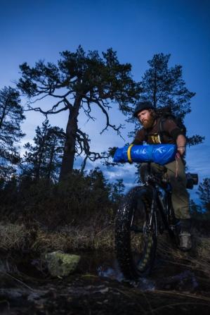 Håkon bikerafting