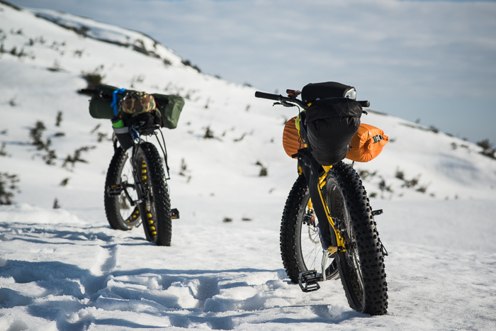 Iron horses on display. A Vision LTD as well as a trusty Surly Pugsley. At this very moment, we have aborted the summit attempt.